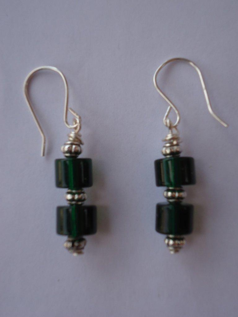 pendenti pietre in resina verde bottiglia