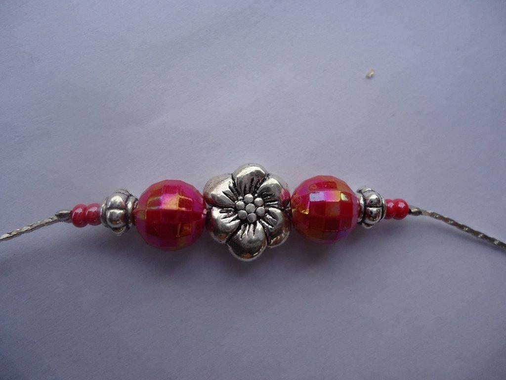 collana perle fuxia e metallo