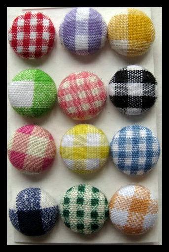 Orecchini bottone quadrati multi colori