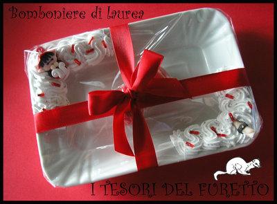 Bomboniera Laurea Vassoio folletto tocco pergamena idea regalo