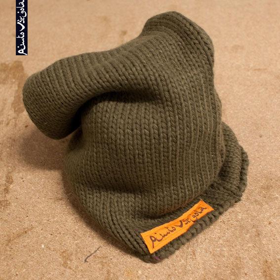 """Cappello verde militare """"PuntoVirgola"""""""