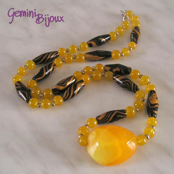Collana fimo nero giallo