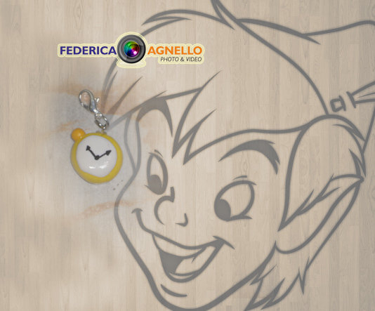 Charm orologio stile Alice nel paese delle meraviglie FIMO