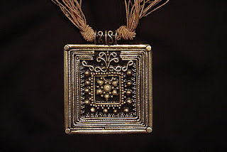 Piastra etnica in argento 925