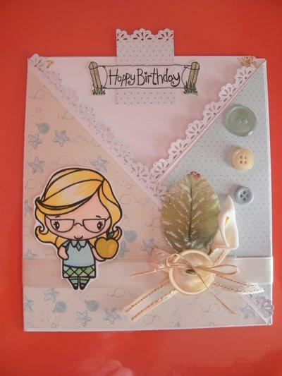 Biglietto auguri buon compleanno fatto a mano signora bionda con mela - CRISS CROSS CARD