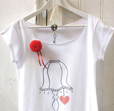 Maglietta con spilla_3