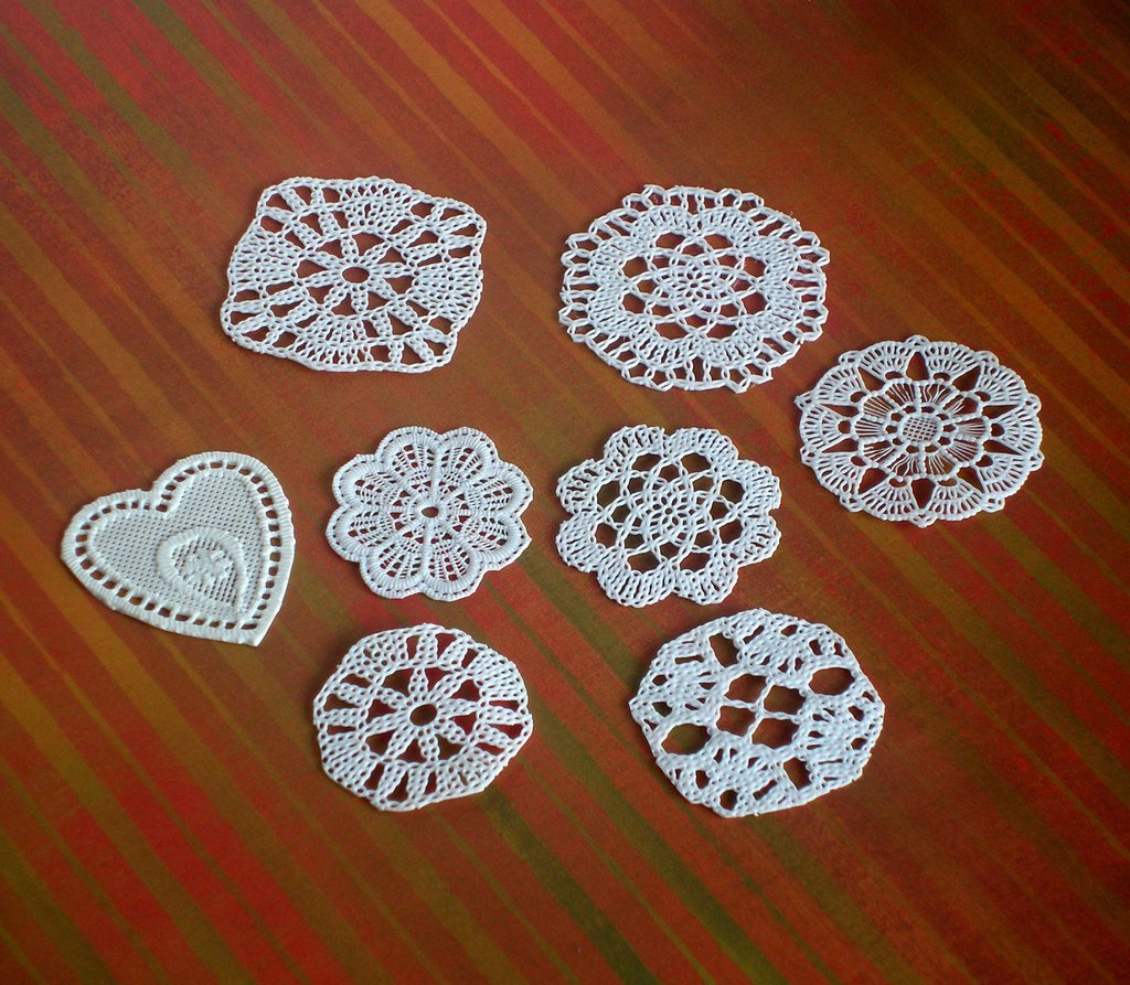 24 pcs CAKE DOILY - CENTRINI -MINIATURE - SUPPLY