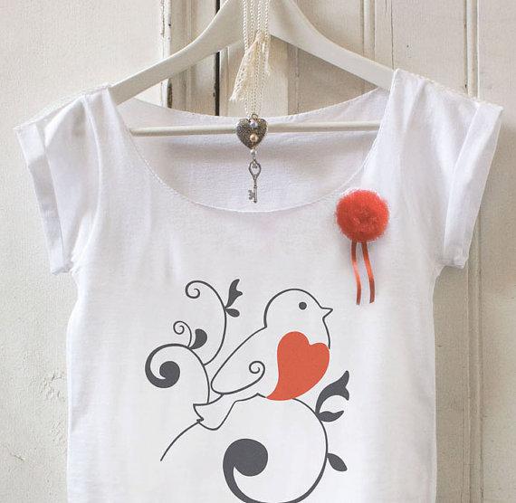 Maglietta con spilla_4
