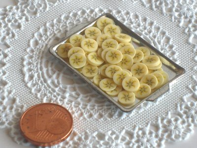 25 pcs FRUIT SLICES - BANANA - SUPPLY