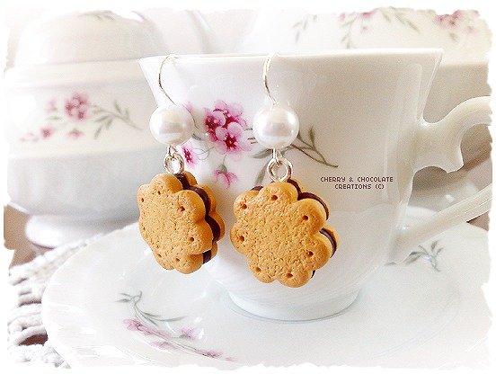 Orecchini biscotti a fiore