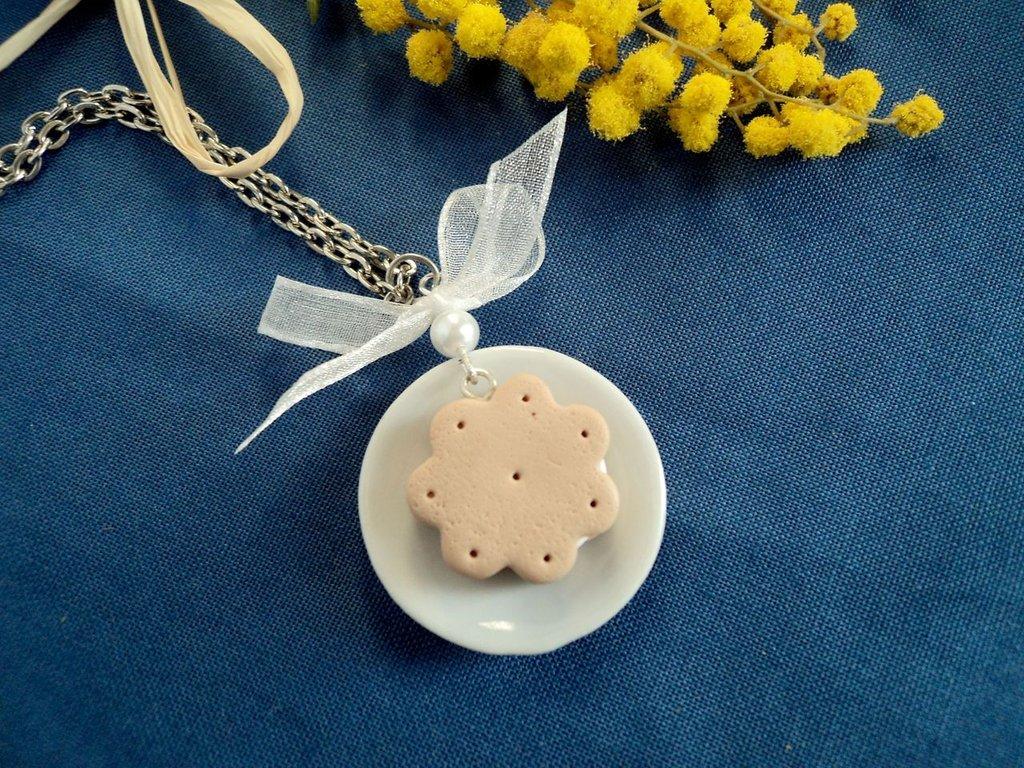 Collana biscottino e organza - in Fimo