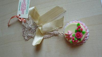 Collana con Torta in miniatura