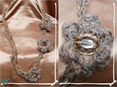 collana lana con fiori
