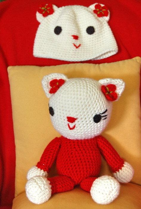 amigurumi Kitty e cappellino per bambina