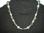 collana con pietre verdi