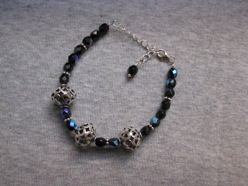 Bracciale con perle in argento indiano e cristalli di Boemia