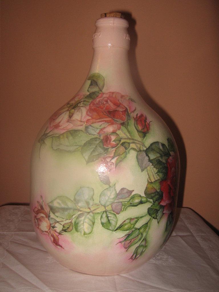 Damigiana con rose