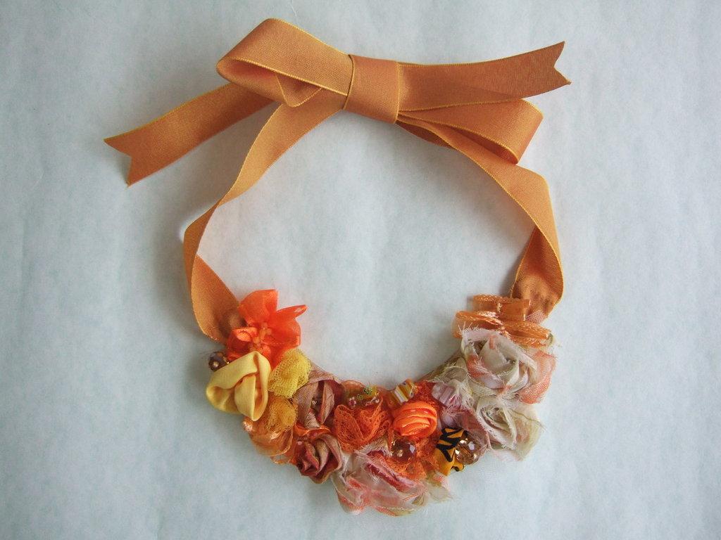 Collana rose arancio