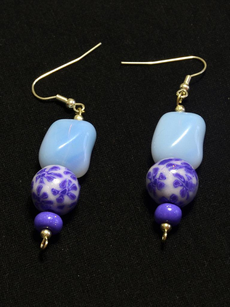 orecchini con perle lilla