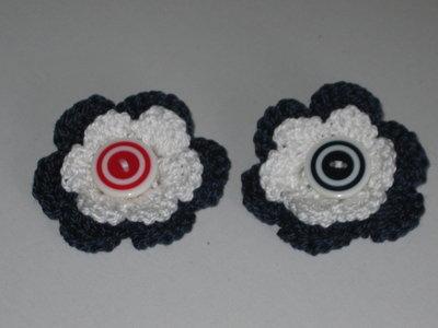 Spilla fiore a crochet