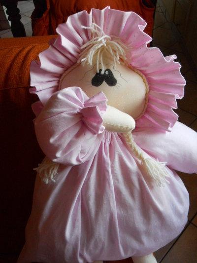 bambola portapigiama
