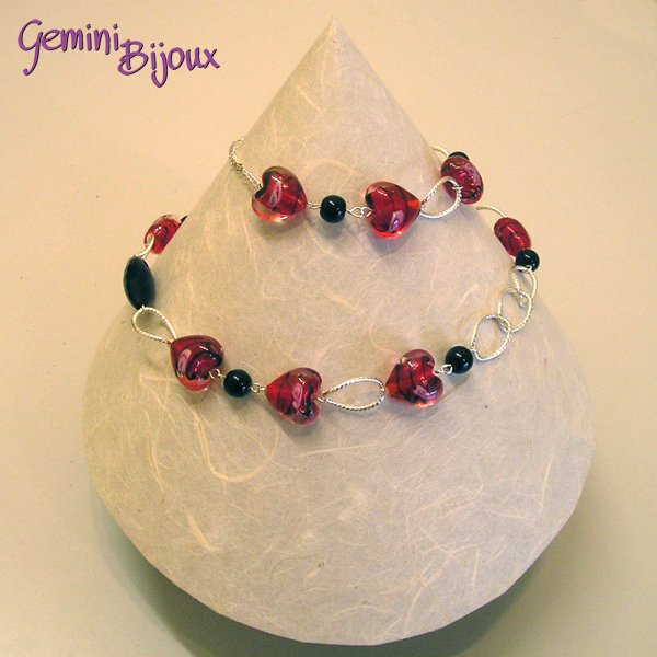 Collana Red Hearts