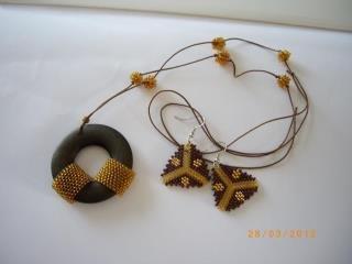 Necklace-earrings (set)