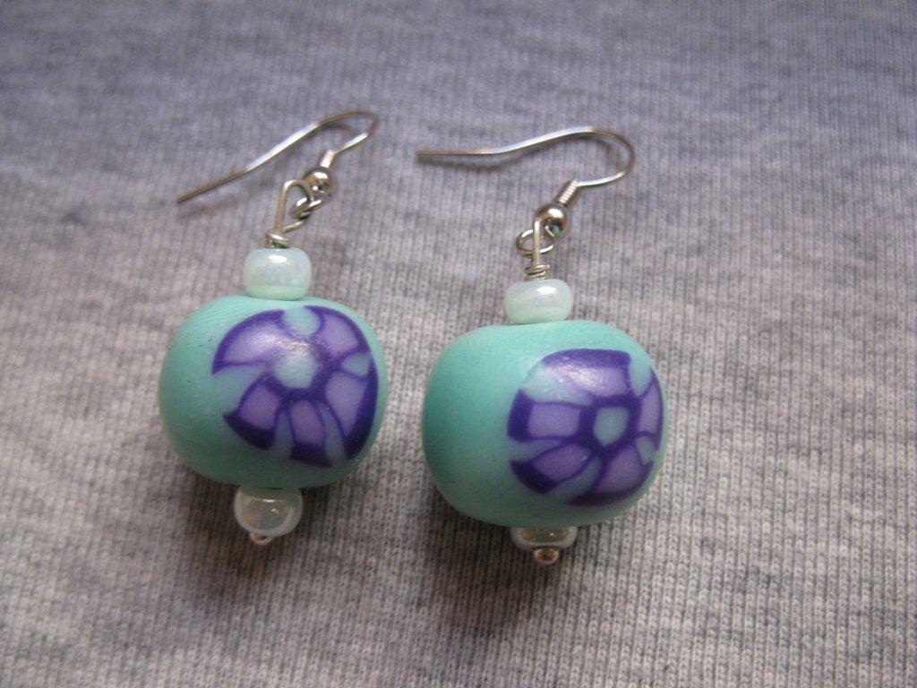 Orecchini con perle in cernit