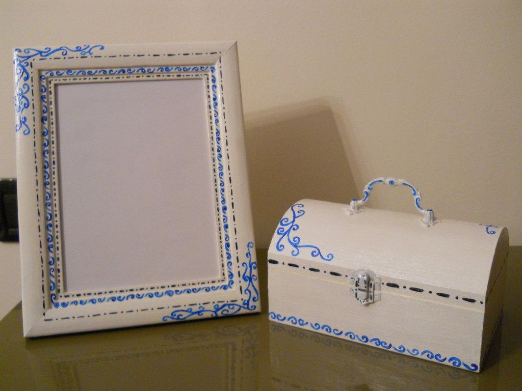 Dipingere Portagioie Di Legno : Cofanetto scatola portagioie in legno dipinto a mano per