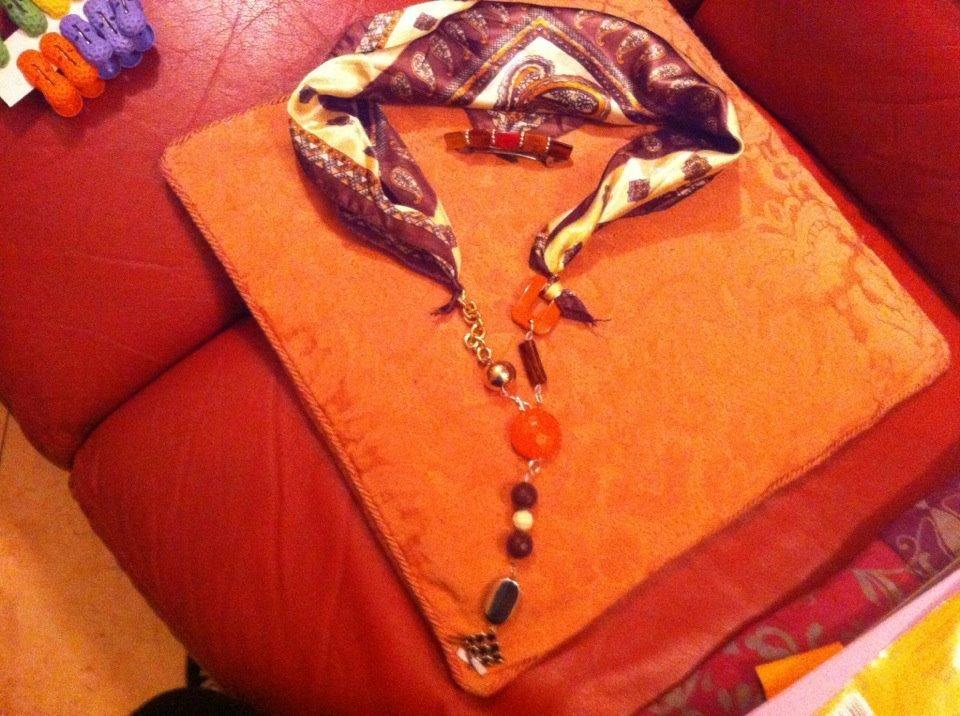Foulard bijoux