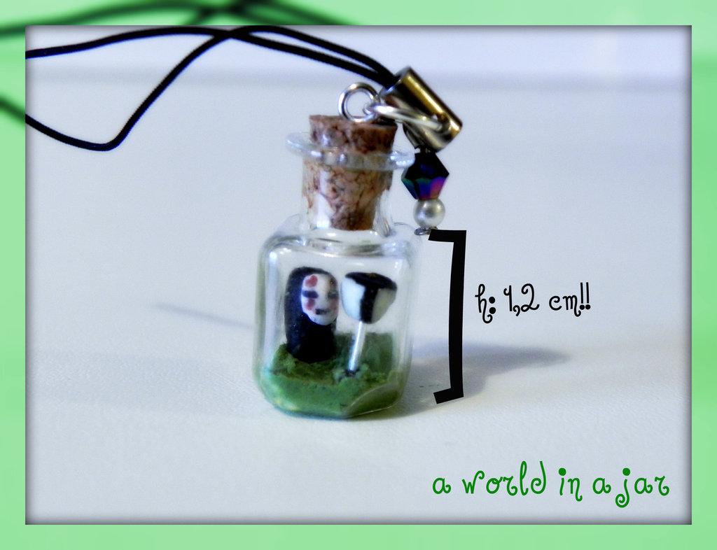 senza volto in a jar