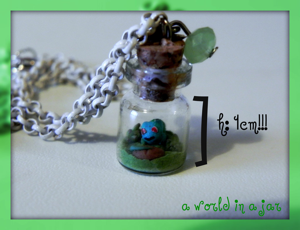 baby bulbasaur in a jar collana