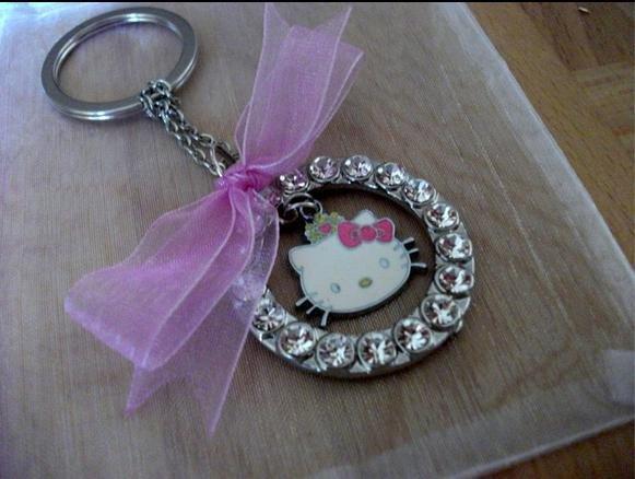 HELLO KITTY portachiave strass coroncina argento fiocco rosa