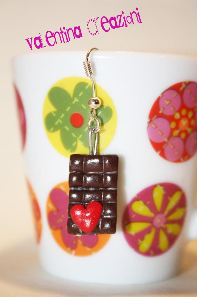 Orecchino barretta cioccolato