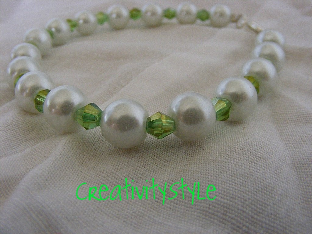 Bracciale perle e swarovsky