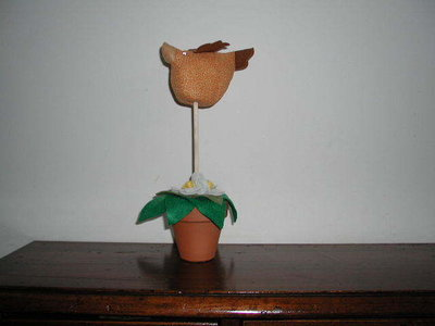 vaso con uccellino