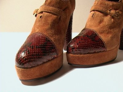 BROWN SUEDE AND PYTHON WEDGES (PLATEAU) - SIZE 6.5 - '70 - MADE IN ITALY - NEW AND NEVER WORN