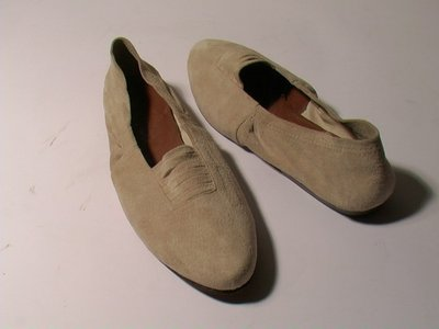 SUEDE BALLET FLATS (BALLERINA) - SIZE 6.5 - '80 - MADE IN ITALY - NEW AND NEVER WORN