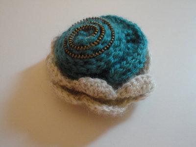 spilla in lana