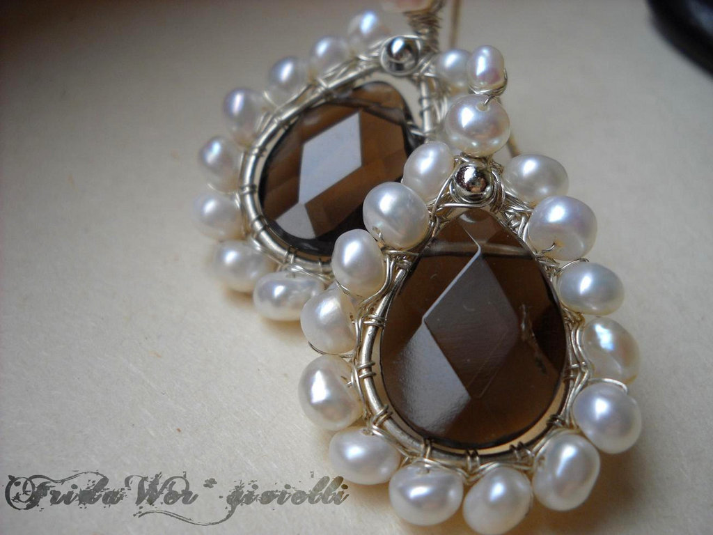 Delicate Drops Earrings