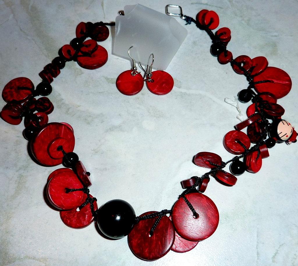 Collana in legno rosso e agata nera con orecchini, pezzo unico, spedizione gratuita