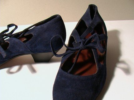 MIDNIGHT BLUE SUEDE LOW HEELED SHOES - SIZE 6.5 - '80 - MADE IN ITALY - NEW AND NEVER WORN