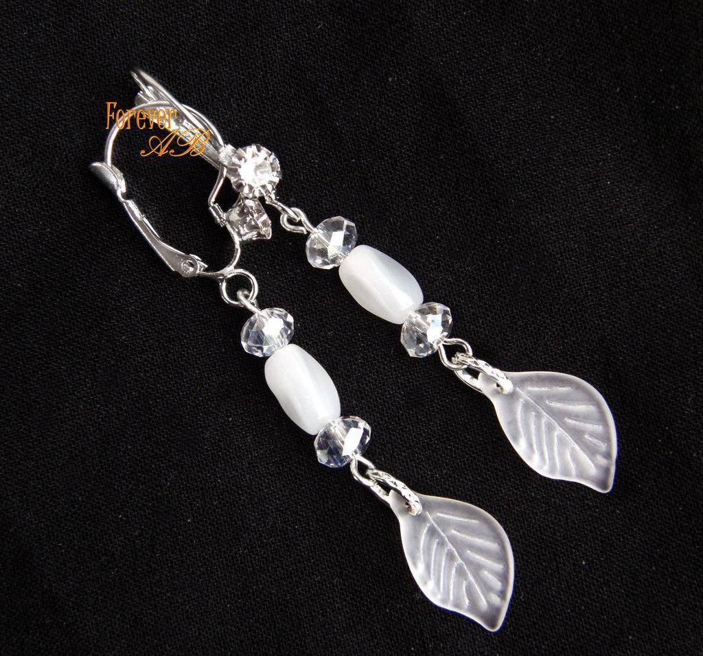 Orecchini foglie bianche