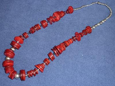 Collana rossa e grigia in legno e perline, spedizione gratuita