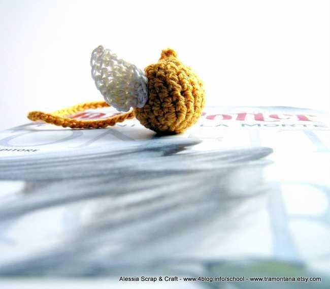 Boccino d'oro di Harry Potter - segnalibro a crochet -
