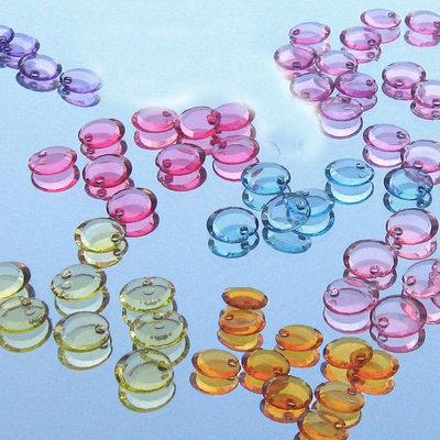 30 pastiglie plastica charms beads - COLORI MIX