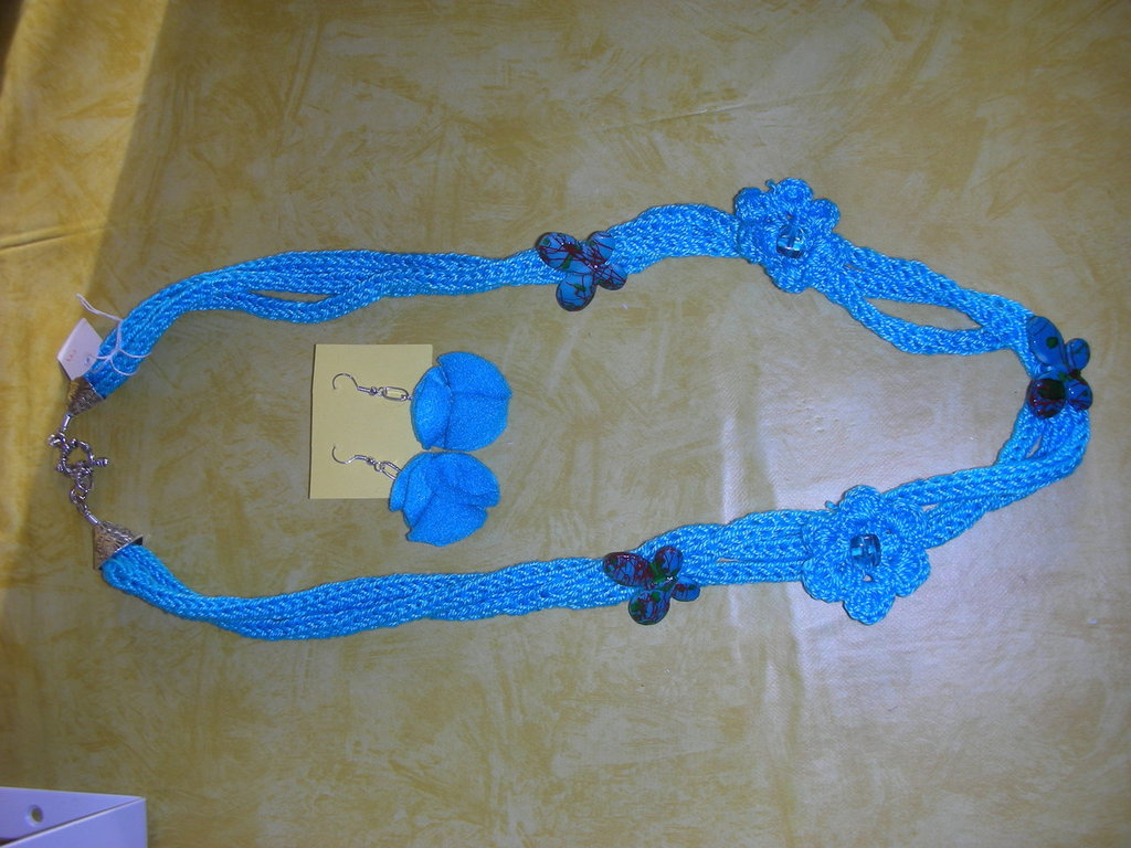 collana e orecchini turchese