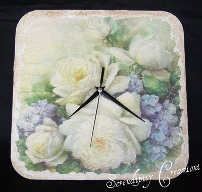 Orologio Rose Bianche