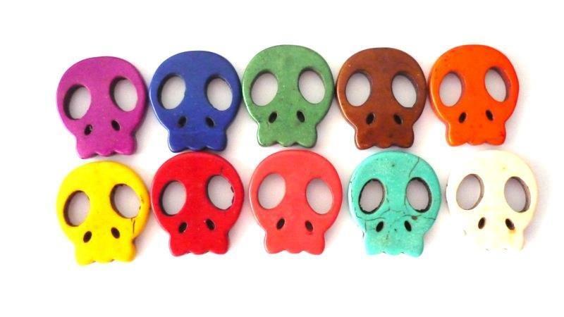 Teschietti in howlite colori assortiti