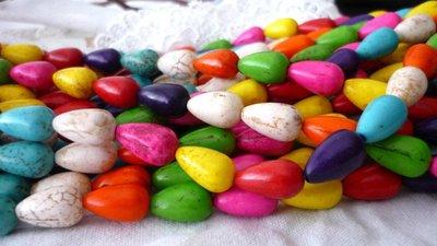 Gocce in howlite sintetica colori assortiti